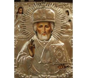 Писаная икона Святого Николая Чудотворца в окладе с серебром (Гр-79)